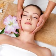 facial-massage from AHBT COURSES